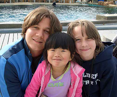 Mason, Sam and Sophie at SeaWorld